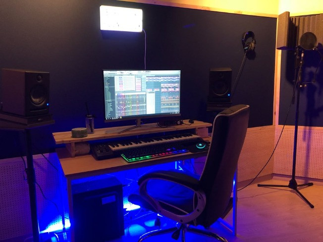 트렌디한 HipHop(힙합)&R&B(알앤비) 프로듀싱,비트메이킹, 미디 레슨을 해 드립니다