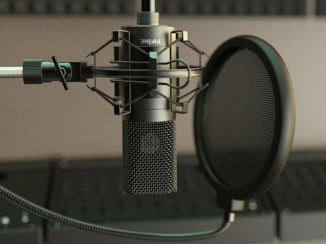 다양한 캐릭터 연기와 요청에 맞는 녹음본을 제공해 드립니다.