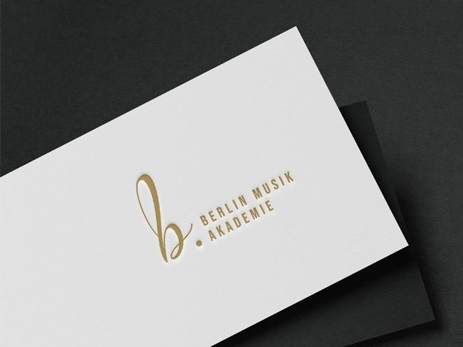 """""""대기업 디자이너 출신""""브랜드디렉터가 눈에띄는 로고제작 드립니다."""
