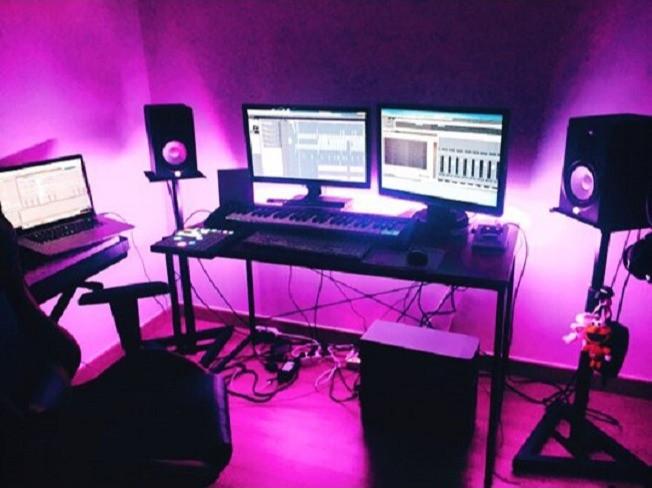 미디작곡전문강사 체계적인 1:1 레슨 방배/내방(째즈화성학,작곡,편곡,믹싱포함) 서비스 드립니다