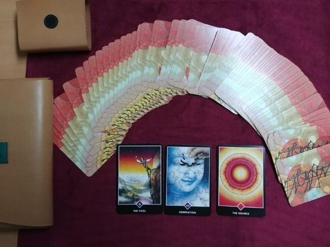 상징성과 양면성이 풍부한 오쇼젠카드를 사용한 타로코칭 교육을 해 드립니다.