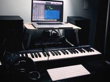 EDM/힙합비트/로고송 등 모든 음악 만들어드립니다.
