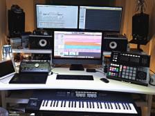 [서울이수역]녹음 스튜디오대여 현역작곡가가 직접 녹음 작업 및 앨범  봐드립니다.