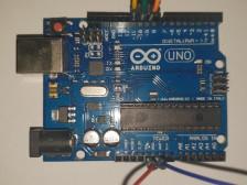 센서 사용 또는 통신이 필요한 간단한 아두이노 프로젝트 개발해드립니다.