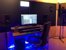 트렌디한 HipHop(힙합)&R&B(알앤비) 프로듀싱,비트메이킹, 미디 레슨을 해드립니다.