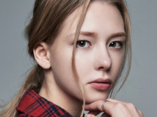 외국인모델 L.N 입니다.사진 포토 영상 촬영 뷰티 화장품 패션 의류 쇼핑몰 광고모델해드립니다.