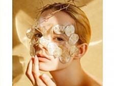 외국인 모델 마리아가 홍보에 적합한 모델해드립니다.