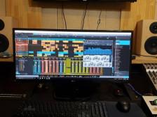 보컬 튠/믹싱 마스터링/사운드편집/유튜버/더빙/일반인 노래/ 전문가가 작업 해드립니다.